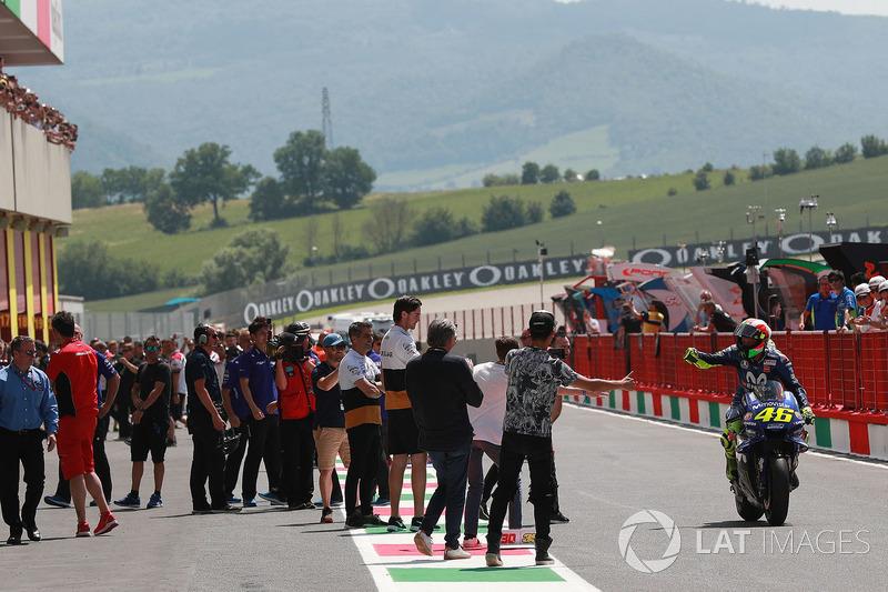 Ganador de la pole Valentino Rossi, Yamaha Factory Racing