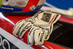 Tristan Gommendy gloves