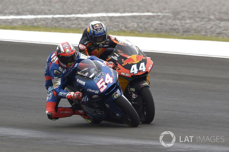 Miguel Oliveira, Red Bull KTM Ajo Mattia Pasini, Italtrans Racing Team touch