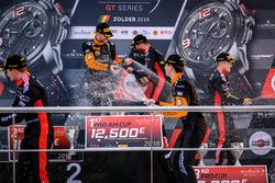 Podio: i vincitori della gara #63 GRT Grasser Racing Team Lamborghini Huracan GT3: Mirko Bortolotti, Christian Engelhart, al secondo posto #2 Belgian Audi Club Team WRT Audi R8 LMS: Will Stevens, Dries Vanthoor, al terzo posto #1 Belgian Audi Club Team WRT Audi R8 LMS: Alex Riberas, Christopher Mies