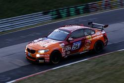 #256 Securtal Sorg Rennsport BMW M235i Racing: Tristan Viidas, Heiko Eichenberg, Yannick Mettler