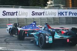 Felix Rosenqvist, Mahindra Racing, Luca Filippi, NIO Formula E Team crash