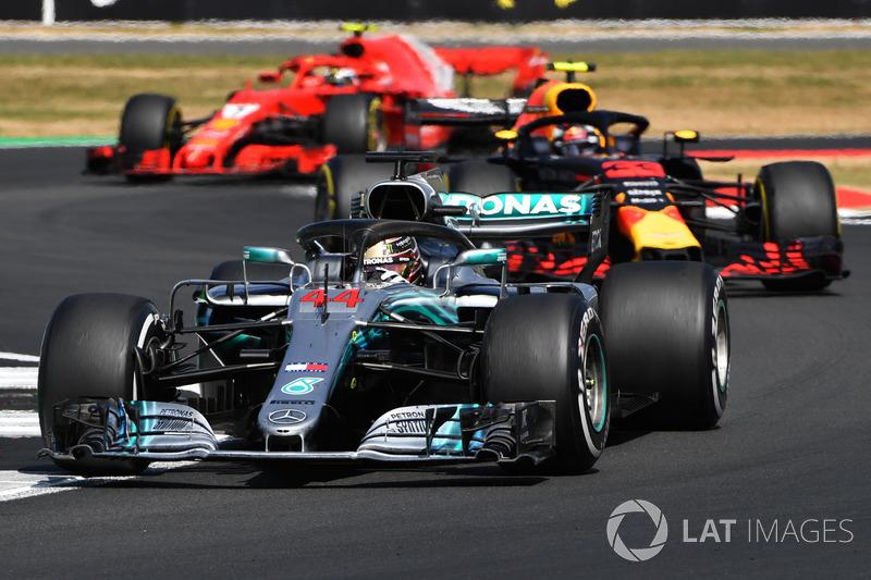 Al volante de Mercedes, Hamilton ya lideró un total de 2,405 vueltas. Con McLaren, consiguió 1,276.