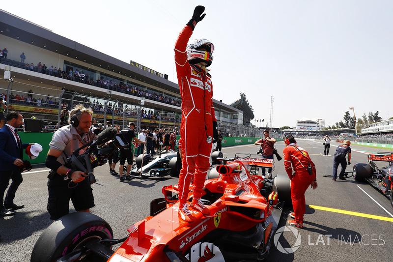 Pole para Sebastian Vettel, Ferrari