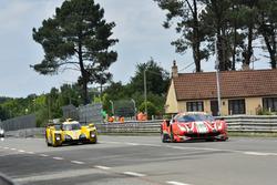 #52 AF Corse Ferrari 488 GTE EVO: Toni Vilander, Antonio Giovinazzi, Pipo Derani, #29 Racing Team Nederland Dallara P217: Frits van Eerd, Giedo van der Garde, Jan Lammers