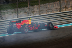 Max Verstappen, Red Bull Racing RB12, na spin