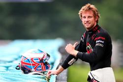 Jenson Button, Honda RA106 stops on the circuit