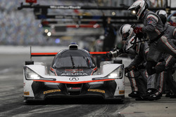 #7 Acura Team Penske Acura DPi, P: Helio Castroneves, Ricky Taylor, Graham Rahal, pit stop