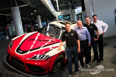 Toyota Supra 2019 года для NASCAR