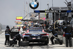 #25 BMW Team RLL BMW M8, GTLM: Alexander Sims, Connor de Phillippi, Bill Auberlen, pit stop