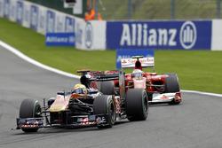 Sébastien Buemi, Toro Rosso STR5, Fernando Alonso, Ferrari F10
