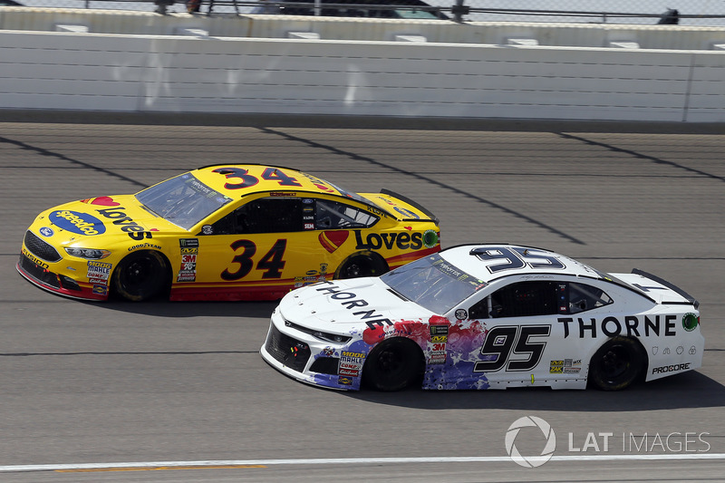 Kasey Kahne, Leavine Family Racing, Chevrolet Camaro Thorne Wellness e Michael McDowell, Front Row Motorsports, Ford Fusion Love's Travel Stops