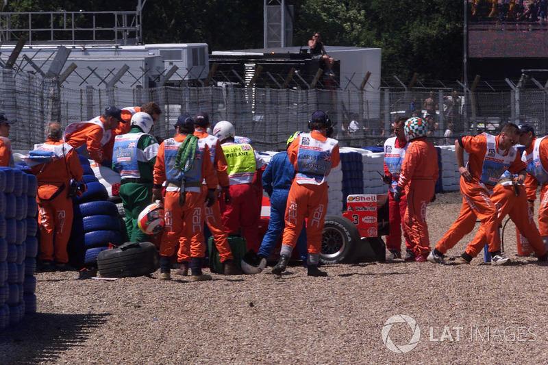 De situatie na de crash van Schumacher:
