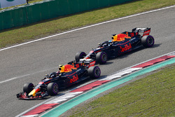 Max Verstappen, Red Bull Racing RB14 voor Daniel Ricciardo, Red Bull Racing RB14