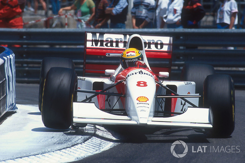 27. Ayrton Senna: 98 grandes premios (el 60,87% de los disputados)