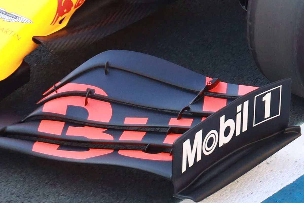 Front wing of Alex Albon, Red Bull Racing RB16