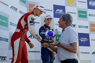 Champions ship Podium: Champion Mick Schumacher, PREMA Theodore Racing Dallara F317 - Mercedes-Benz