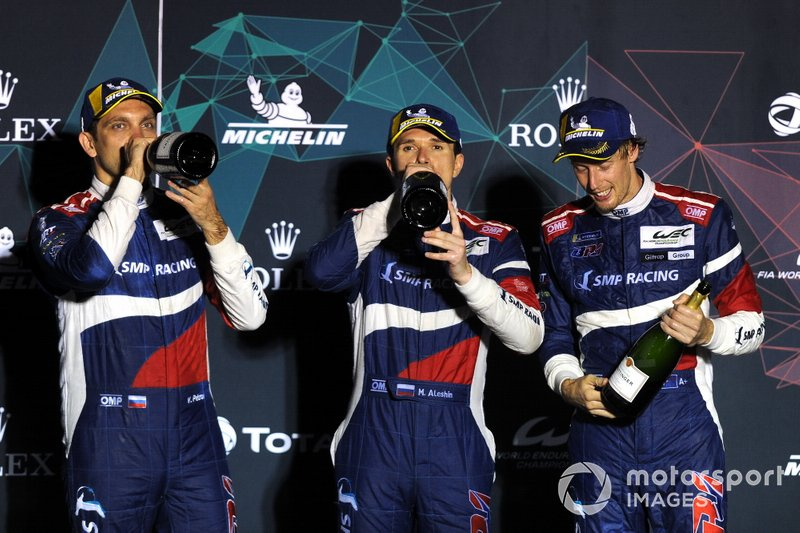 Podio: #11 SMP Racing BR Engineering BR1: Mikhail Aleshin, Vitaly Petrov, Brandon Hartley