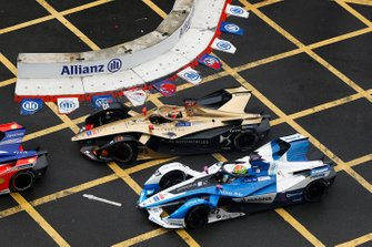 Jean-Eric Vergne, DS TECHEETAH, DS E-Tense FE19 battles with Alexander Sims, BMW I Andretti Motorsports, BMW iFE.18