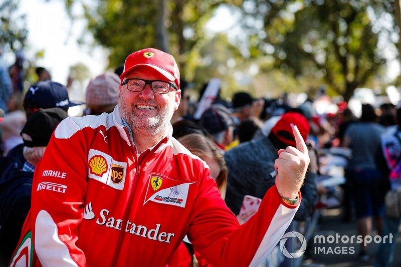 Ferrari fan waiting for the drivers arrival