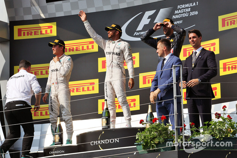 Podium: winner Lewis Hamilton, Mercedes AMG F1 Team, second place Nico Rosberg, Mercedes AMG F1 Team, third place Daniel Ricciardo, Red Bull Racing