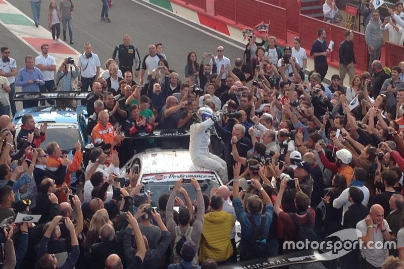 Sieg für Alex Zanardi, BMW Team Italia