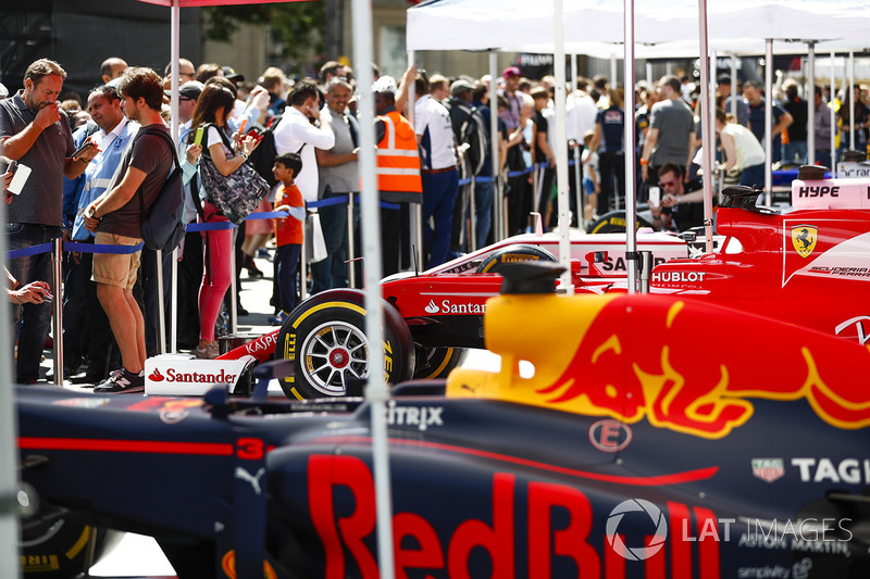 The Red Bull Racing RB13, on the teams stand