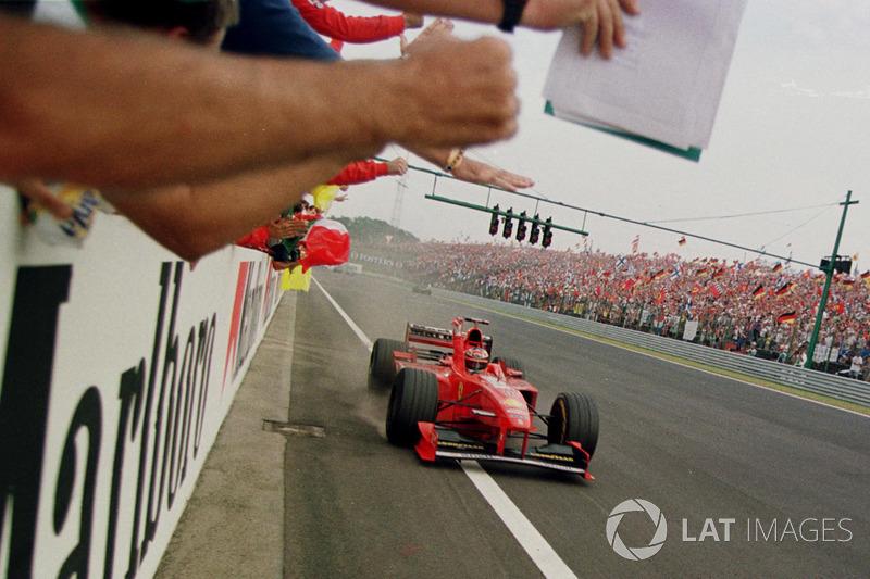 Sieg für Michael Schumacher, Ferrari F300