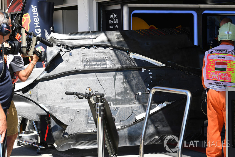 Red Bull Racing RB13 piso