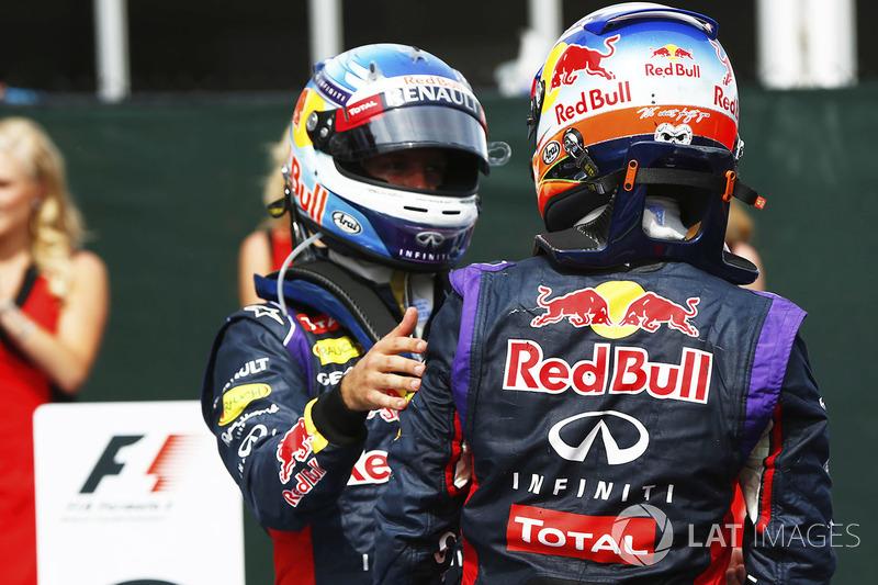 Daniel Ricciardo, Red Bull Racing, y Sebastian Vettel, Red Bull Racing