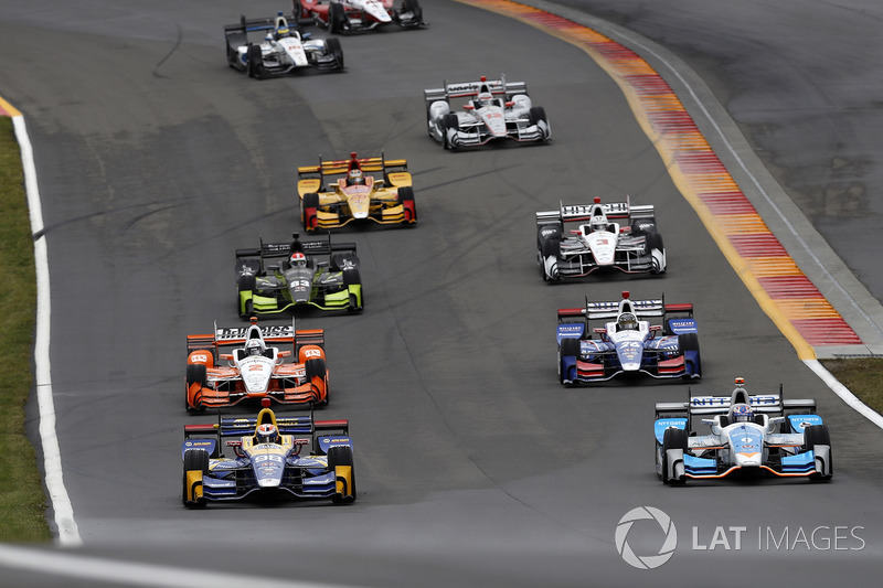 Alexander Rossi, Curb Herta - Andretti Autosport Honda, Scott Dixon, Chip Ganassi Racing Honda, pace lap