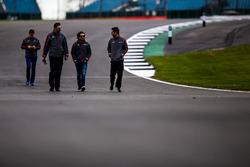 #31 Vaillante Rebellion Racing Oreca 07 Gibson: Julien Canal, Bruno Senna, Nicolas Prost durin track