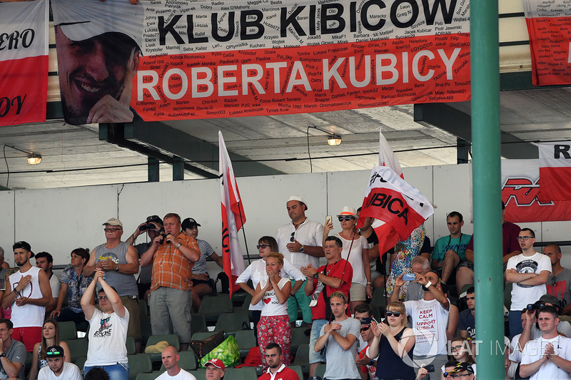 Болельщики Роберта Кубицы