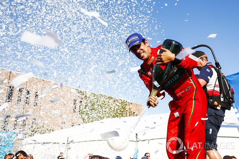 Формула E: Лукас ди Грасси