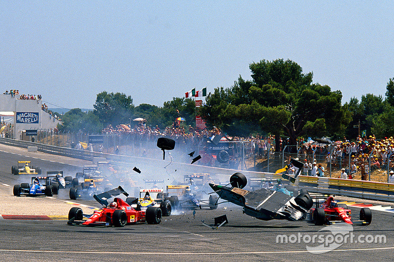 Départ : gros accident pour Mauricio Gugelmin, Leyton House March CG891