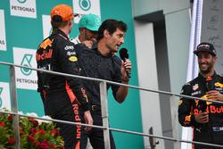 Max Verstappen, Red Bull Racing, Mark Webber, Lewis Hamilton, Mercedes AMG F1 and Daniel Ricciardo, Red Bull Racing on the podium