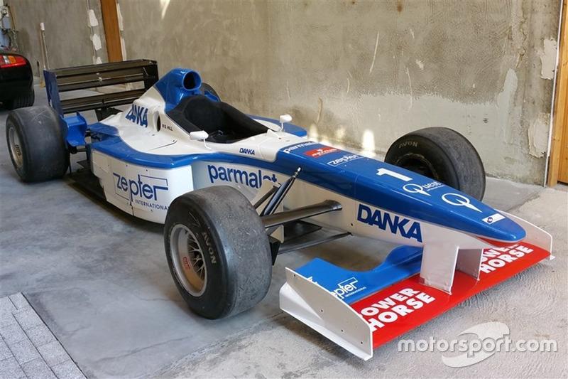 Arrows A18. Сезон: 1997. Цена: 68 000 фунтов (5,2 миллиона рублей)