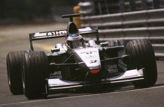 Olivier Panis, McLaren MP4/15