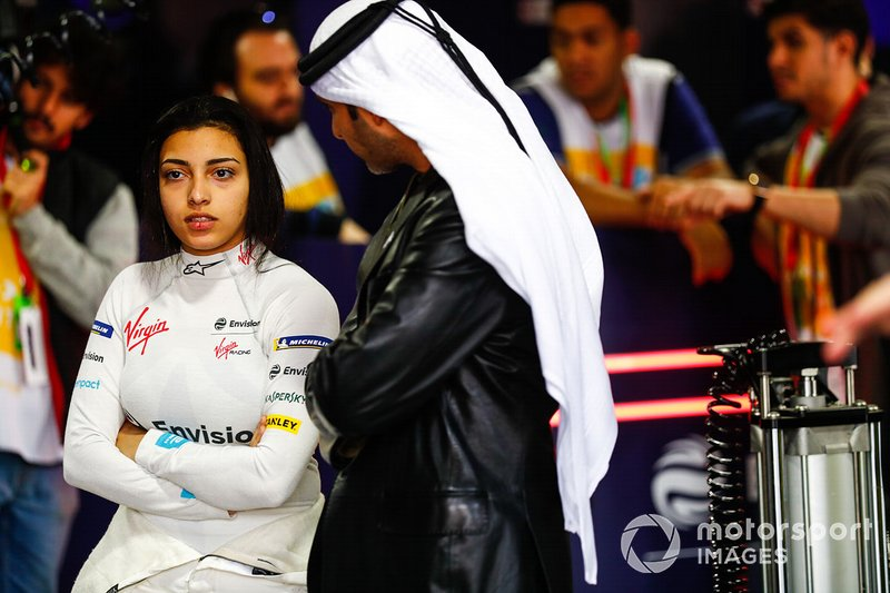 Amna Al Qubaisi, Envision Virgin Racing in the garage