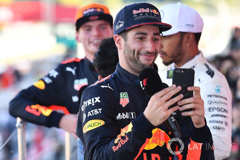 Daniel Ricciardo, Red Bull Racing celebra