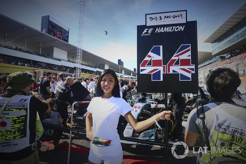 Грід-гьол Льюіса Хемілтона, Mercedes AMG F1