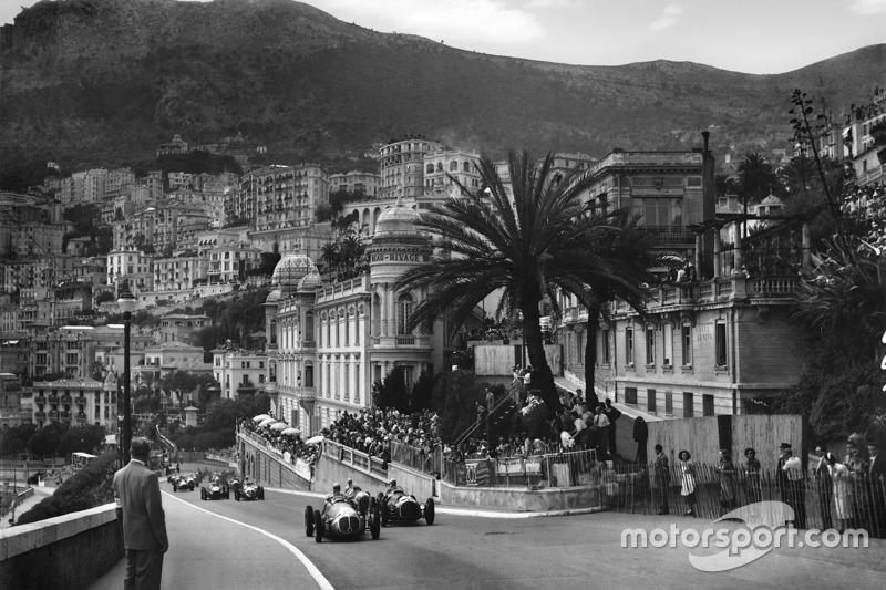 64 Grandes Premios se han realizado en Monte Carlo, la primera carrera se celebró en 1929.