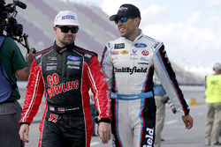 Aric Almirola, Richard Petty Motorsports Ford Ricky Stenhouse Jr., Roush Fenway Racing Ford