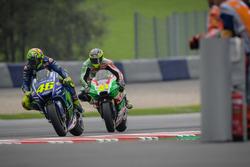 Валентино Россі, Yamaha Factory Racing, Алейш Еспаргаро, Aprilia Racing Team Gresini