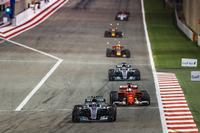 Валттері Боттас, Mercedes F1 W08, Себастьян Феттель, Ferrari SF70H, Льюіс Хемілтон, Mercedes F1 W08, Макс Ферстаппен, Red Bull Racing RB13