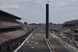 Départ : Scott Dixon, Chip Ganassi Racing Honda, mène
