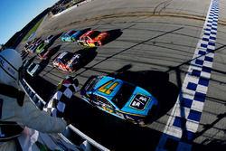 Ricky Stenhouse Jr., Roush Fenway Racing Ford takes the win