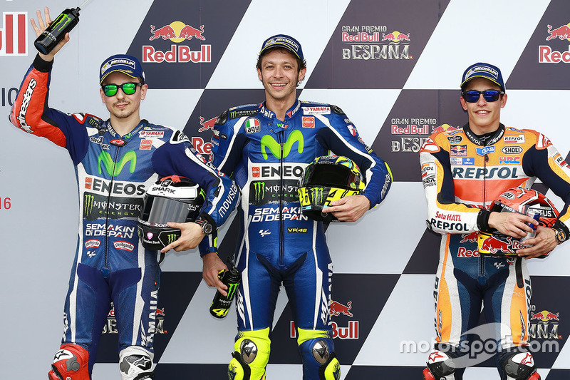 Polesitter Valentino Rossi, Yamaha Factory Racing, second place Jorge Lorenzo, Yamaha Factory Racing, third place Marc Marquez, Repsol Honda Team