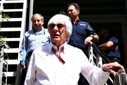 Берни Экклстоун, президент FIA Жан Тодт, и руководитель Red Bull Racing Кристиан Хорнер