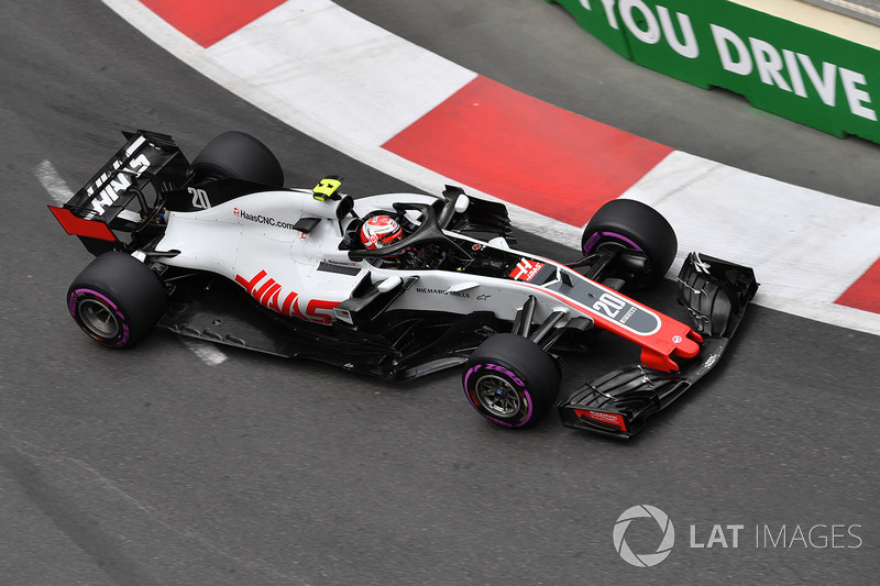 15: Kevin Magnussen, Haas F1 Team VF-18, 1'44.759